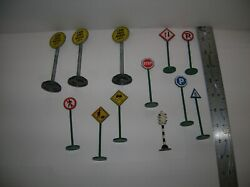 Misc. Lot Of 12 Metal O/g Scale Signs , As Is , Lot 20407