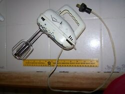 Rare Vintage Universal Landers Frary And Clark Electric Mixer Model 6290