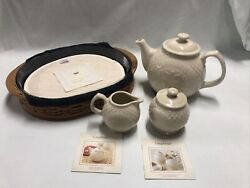 2004 Longaberger Collectors Club Edition Tea Tray Basket And Serving Set Combo
