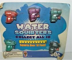 Gumball Vending Toy Machine Prize Display Card Water Squirters Mini Gun Ex. Cond