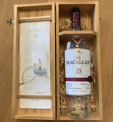 The Macallan Scotch Whiskey 25 Years Empty Bottle With Wooden Box Rare Japan