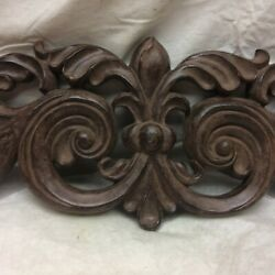 Vintage Wall Hanging Accent Piece Resin Plastic
