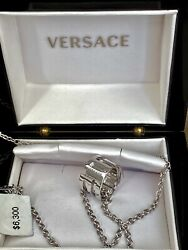 Amazing Versace 18k Gold Pendant Made In Italy Sold Out 6300