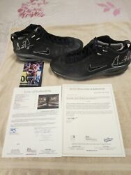 Scottie Pippen Nba Game Used And Signed Shoes Jsa Loa With Exact Photo Match. 100