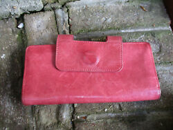 HOBO International Nancy Salmon Leather Kisslock Wallet Wristlet $35.00