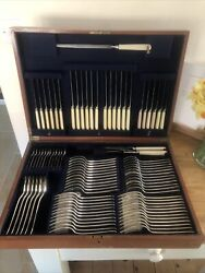 Old English Design 12 Place Mappin And Webb Silver Service 1922 Canteen Of Cutlery
