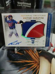 Victor Caratini National Treasures Rookie Patch Auto Silver Holo/25 Cubs Padres