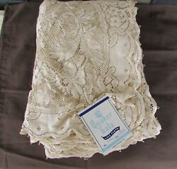 Quaker Gala Lace Tablecloth Vintage / New With Tag 63x81