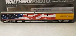 Upgraded - Walthers Proto Ho Acf Baggage Car-union Pacific 5769 W/american Flag