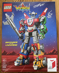 Sdcc 2018 Lego Voltron Defender Of The Universe 21311 - Creator Signed