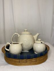 Longaberger 2004 Collector's Club Tea Tray Basket Liner Protector And Tea Set