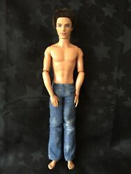 Barbie Jointed Fashionista Ken Doll - Swappin Styles Sporty Ryan