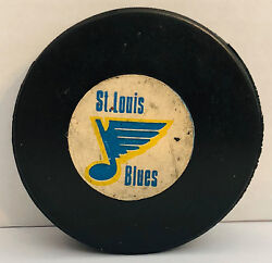 1977-83 St. Louis Blues Viceroy Official Game Puck Nhl Canada