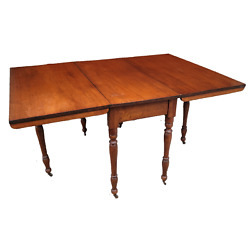 Antique Early American Colonial Gate-leg Drop-leaf Dining Table