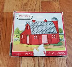Vintage Plasticville Usa Dairy Barn 1622 With Original Box Oands Gauge Scale