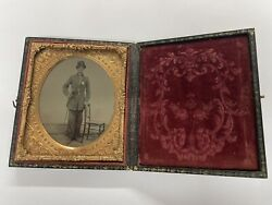Civil War Union Officer Soldier And Sword Ambrotype Photo In Case