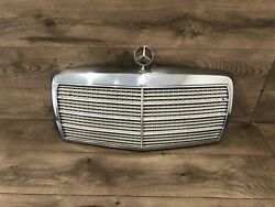 81_1985 Mercedes Benz W126 500sel 380sel 300sd Front Hood Grille Grill Oem