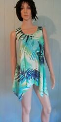 Green Tropical Floral Tank Top Travel Knit Stretch Pointed Hem Wrinkle Free