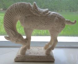 1987 Jaru Art Products California Chinese Tang Dynasty Horse Sculpture Statue