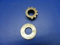 Cessna T210n Sector Gear And Seal W/ Felt And Retainer P/n 9882002-3 0621-476