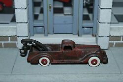 Vintage 1920's Hubley Cast Iron Red 5 Tow Truck Wrecker Toy 2234