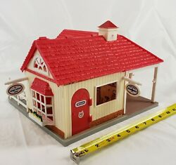 Vintage Breyer Barn Building Toy Large Small Animal Care Emergency Clinic 11quot;