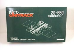 Nos Kato Unitrack Automatic Crossing Gate 1 Set N Scale - 20-650
