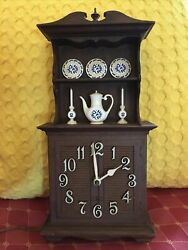 Vintage Spartus Electric Kitchen Clock China Hutch Good Working Condition