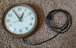 Vintage General Electric 1960's Wall Clock Model 2008a Bubble Glass Face 10.5''
