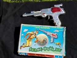 Vintage Space Outlaw Atomic Pistol Ray Gun With Original Box Toy Made In Uk