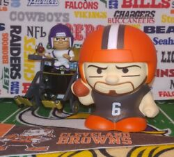 Nfl 2020 Jumbo Squeezymates Browns Baker Mayfield Capsuled 5-in Fig Teenymates