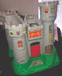 Fisher-price 1994 Great Adventures Castle Playset 77110