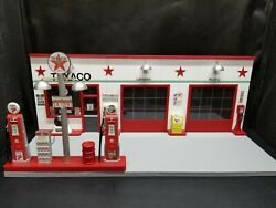 Texaco Gas Station Front W/ 2 Pump Island, Hand Crafted, 118th Scale, Diorama