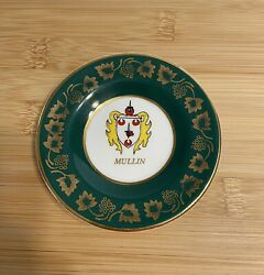 """Vintage Arklow """"mullin"""" Historic Family Dublin Collector's Plate."""