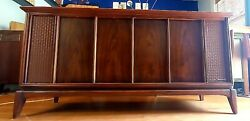Gorgeous Mid Century Working Magnavox Stereo Console.
