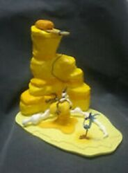 Big Looney Tunes Wile E Coyote Road Runner Statue Figure Rare Warner Bros Willy