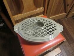 Vermont Castings Cast Iron Wood Stove Humidifier/steamer Cream In Color