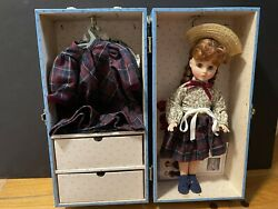 Madame Alexander Anneand039s Trunk Set With 14 Doll Doll Trunk And Wardrobe