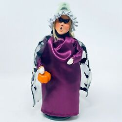 Byers Choice Halloween 2016 Witch Girl With Bat Cape Pumpkin New Never Displayed