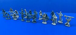 1950's-60's Marx Cape Canaveral 54mm Air Force Crew Lot 19 Figures