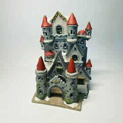 Dickens Collectables Classic Series Large Lighted Porcelain Christmas Castle Sh