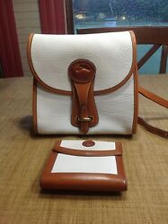 Vtg Dooney And Bourke Crossbody Purse trifold wallet white pebble all weather $75.00