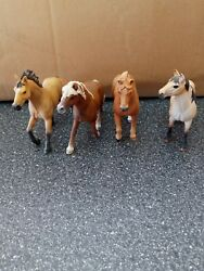 schleich horses lot Of 4