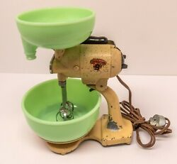 Vintage Sunbeam Toy Mixmaster Jr. With Jadeite Bowls 1930and039s