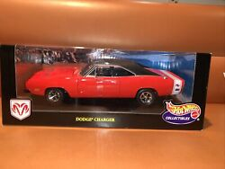 1/18 Scale Hot Wheels Mattel Collectibles Red 1969 Dodge Charger