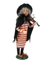 Byers Choice Caroler 2021 Witch Playing Violin And Flying Bats New
