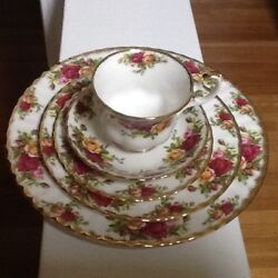 Royal Albert Old Country Roses 8 Andnbsp5 Piece Place Setting Bone China Newandnbsp