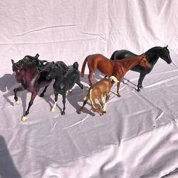 Breyer Horse Lot of 5 Traditional 1:9 Models For Collecting or Customizing