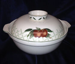 Wsp Stoneware Cades Creek Round Covered Vegetable Bowl Red Apples Green Leaves