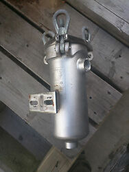 1 Graco Stainless Steel Simplex Strainers W/npt Connections